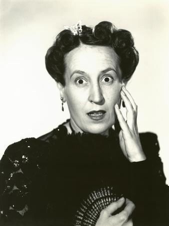 https://imgc.artprintimages.com/img/print/woman-in-disbelief_u-l-q1bwtng0.jpg?p=0
