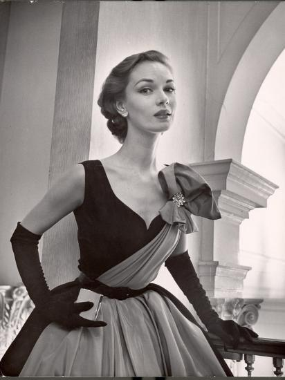 Woman Modeling a Short Ball Gown-Nina Leen-Photographic Print