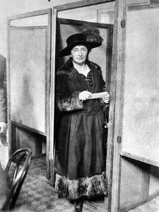 Woman: Voting, 1920