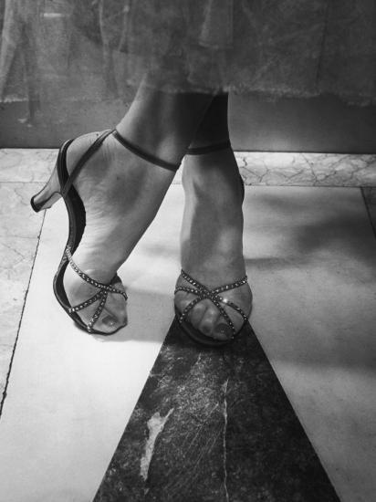 Woman Wearing Popular Style of Jeweled Evening Sandals-Nina Leen-Photographic Print