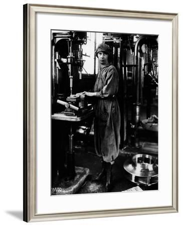 Woman Worker, 1919--Framed Photographic Print