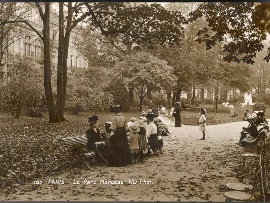 Women and Children in the Parc Monceau on an Autumn Day--Photographic Print