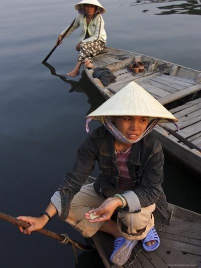 Women Ferrying Boats Await a Fare, Hoi An, Vietnam, Indochina, Southeast Asia-Andrew Mcconnell-Photographic Print