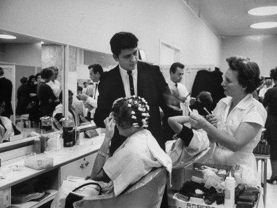 https://imgc.artprintimages.com/img/print/women-getting-hair-styled-in-beauty-salon-at-saks-fifth-ave-department-store_u-l-p3pdsl0.jpg?p=0