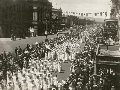 Women Holding a Peace Day March Along King William Street, Adelaide, South Australia, November 1918--Giclee Print