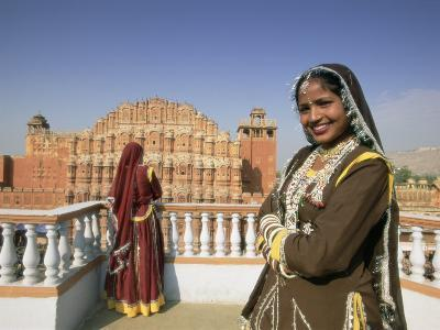 Women in Saris in Front of the Facade of the Palace of the Winds (Hawa Mahal), Jaipur, India-Gavin Hellier-Photographic Print