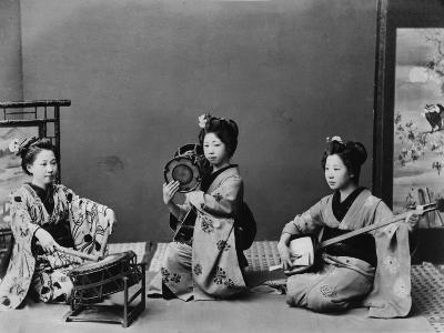 Women Playing Traditional Japanese Instruments--Photographic Print