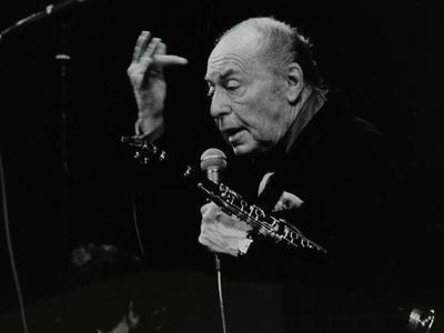 https://imgc.artprintimages.com/img/print/woody-herman-on-stage-at-the-forum-theatre-hatfield-hertfordshire-24-may-1983_u-l-q10m6jm0.jpg?p=0