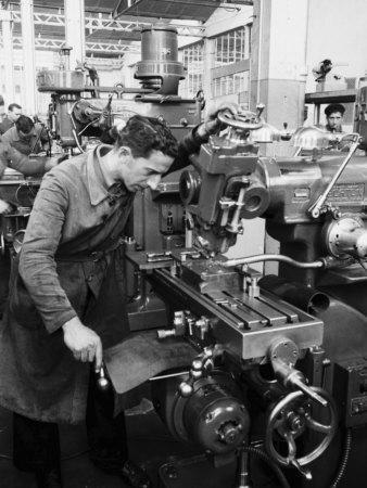 https://imgc.artprintimages.com/img/print/worker-working-at-various-machines-in-the-innocenti-automobile-factory_u-l-q10t4hq0.jpg?p=0