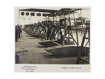 World War I: Assembly Seaplane Soqwith- Ansaldo-Giclee Print