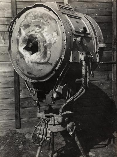 World War I: Projector Used During the War--Photographic Print