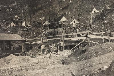 World War I: Vallone Tofana, Building a Barracks--Photographic Print