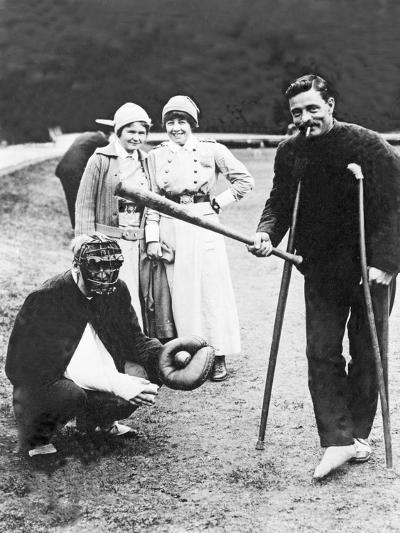Wounded Soldiers Playing Baseball While Convalescing, C.1915--Photographic Print