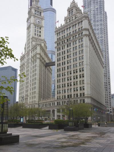 Wrigley Building, North Michigan Avenue, the Magnificent Mile, Chicago, Illinois, USA-Amanda Hall-Photographic Print