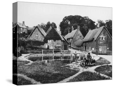 Wroxton 1940s