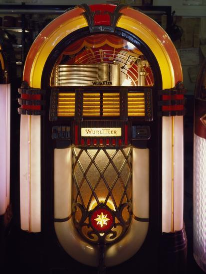 Wurlitzer Jukebox, Model 1017, Was Produced in 1946-47 Photo by   Art com