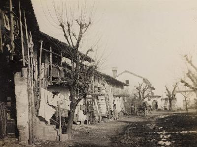 WWI: View of the City of Medeuzza--Photographic Print