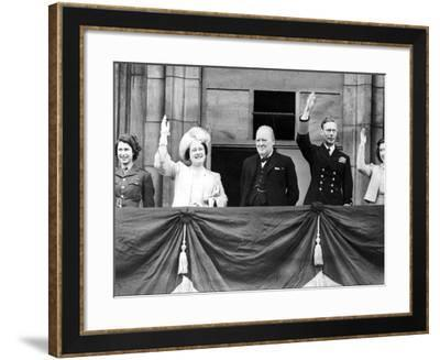WWII Britain VE Day Royal Family--Framed Photographic Print