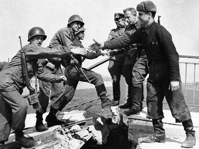 WWII Yanks and Russians Meet 1945--Photographic Print