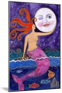 Big Diva Mermaid Moon Lover by Wyanne