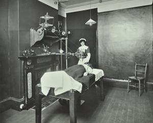 X-Ray Room, Fulham School Treatment Centre, London, 1914