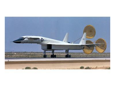 XB-70 largest Mach 3 airplane--Art Print