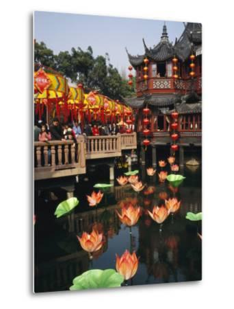 Tea House in Shanghais Yuyuan Garden during Chinese New Year