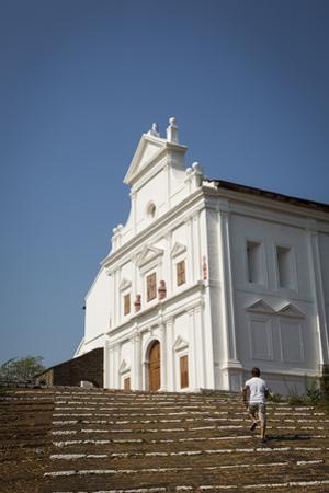 Capello Do Monte (Mount Mary Church), Old Goa, UNESCO World Heritage Site, Goa, India, Asia
