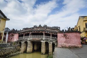 Japanese Covered Bridge, UNESCO World Heritage Site, Hoi An, Vietnam, Indochina by Yadid Levy