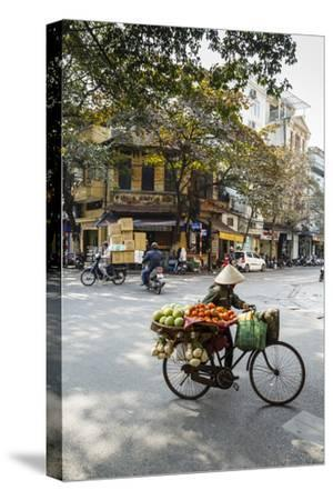 Street Scene in the Old Quarter, Hanoi, Vietnam, Indochina, Southeast Asia, Asia