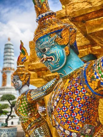 https://imgc.artprintimages.com/img/print/yaksha-at-wat-phra-kaeo-the-grand-palace_u-l-pzs60a0.jpg?p=0