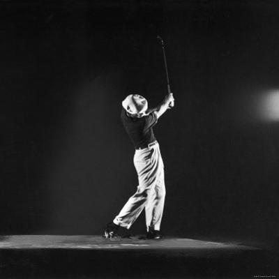 Ben Hogan, Posed in Action Swinging Club