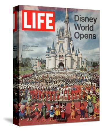 Disney World Opens, October 15, 1971