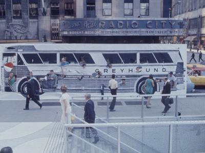 Posters - Greyhound Bus Poster - New York