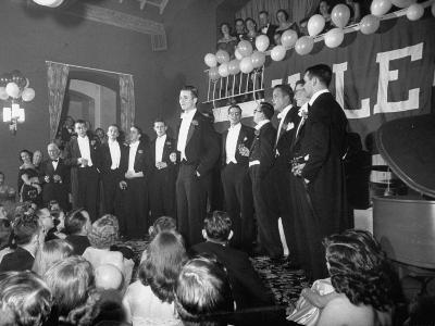 """Yale University's """"Whiffenpoofs"""" Party-Peter Stackpole-Photographic Print"""