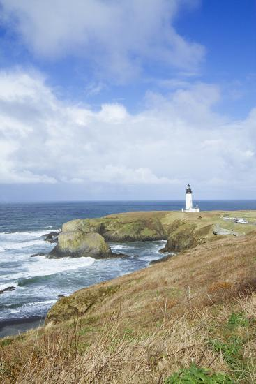 Yaquina Head Lighthouse, Oregon Coast-Justin Bailie-Photographic Print