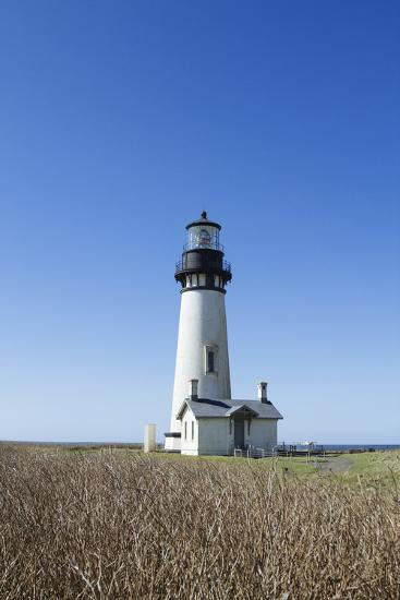 Yaquina Head Lighthouse, Oregon Coast-Justin Bailie-Photographic Print