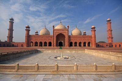 View of Badshahi Masjid, Lahore, Pakistan