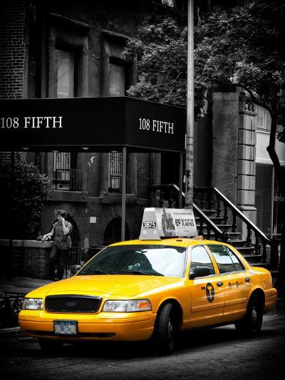Yellow Taxis, 108 Fifth Avenue, Flatiron, Manhattan, New York City, Black and White Photography-Philippe Hugonnard-Photographic Print