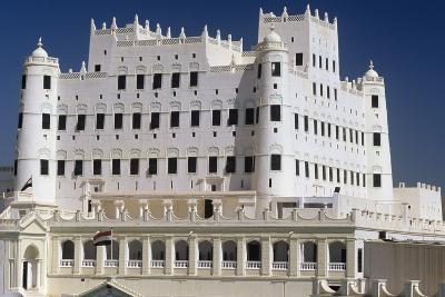 Yemen, Seiyun, Hadhramaut Region, Sultan Al Kathiri Palace Exterior--Photographic Print