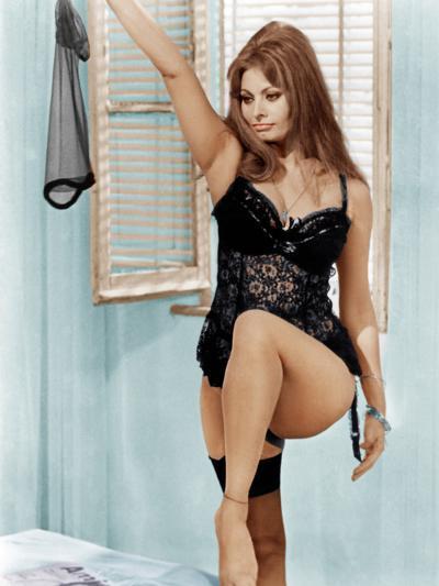 Yesterday, Today and Tomorrow, (aka Ieri, Oggi, Domani), Sophia Loren, 1963--Photo