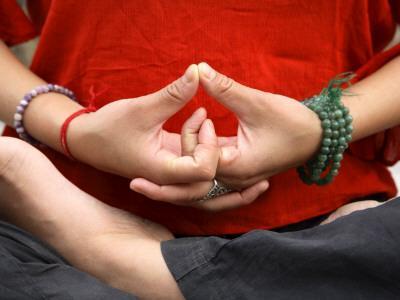 https://imgc.artprintimages.com/img/print/yoga-hands-in-yogic-mudra-pose_u-l-pd3xja0.jpg?p=0