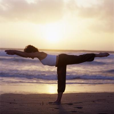 https://imgc.artprintimages.com/img/print/yoga-pose_u-l-pzip270.jpg?p=0
