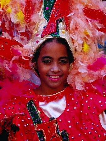 https://imgc.artprintimages.com/img/print/young-girl-from-folk-dance-group-preparing-for-parade-during-feria-de-la-chinita-zulia-venezuela_u-l-p1zhml0.jpg?p=0