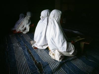 Young Muslim Girls Covered Head to Toe in Traditional Muslim Clothing-xPacifica-Photographic Print