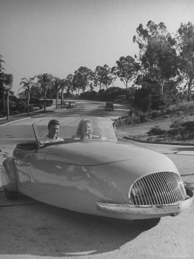 Young People Driving a Three Wheeled Auto-Nina Leen-Photographic Print