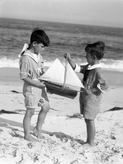 Young Sailors-H^ Armstrong Roberts-Photographic Print