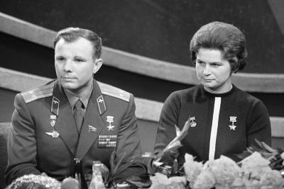 Yuri Gagarin and Valentina Tereshkova, Russian Cosmonauts, 1963--Giclee Print