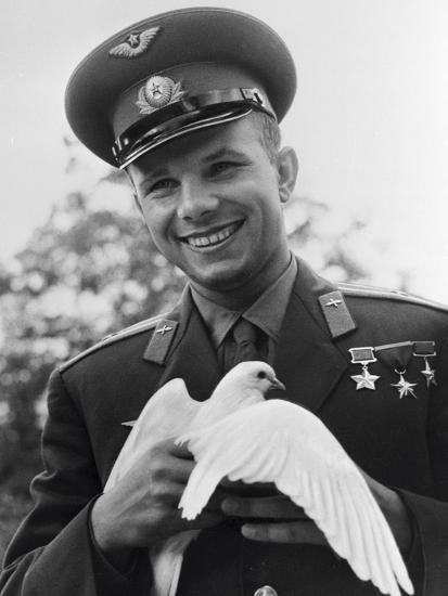 Yuri Gagarin, Russian Cosmonaut, C1963-C1964--Photographic Print
