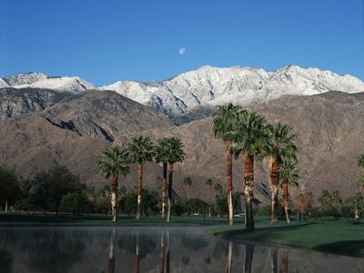 USA, California, Palm Springs, Reflection of San Jacinto Range in Lake